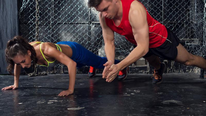 Raport specjalny: Ćwicz w domu jak na siłowni!