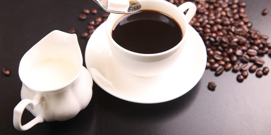 """Chemiczne różnice między kawą """"parzoną"""" na zimno i na gorąco"""