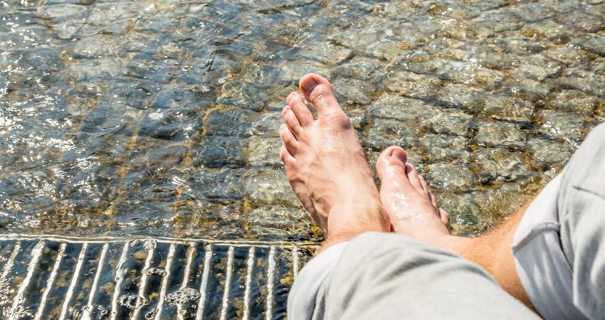Lato – gdy stopy pocą się za bardzo