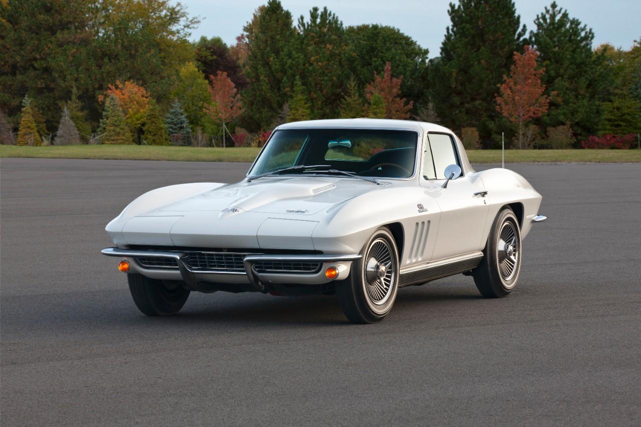 Corvette C2 5