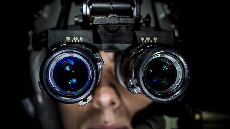 Krople do oczu zastąpią noktowizor?