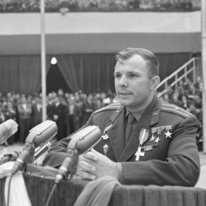 Jurij Gagarin: Pierwszy kosmonauta (50. rocznica śmierci)