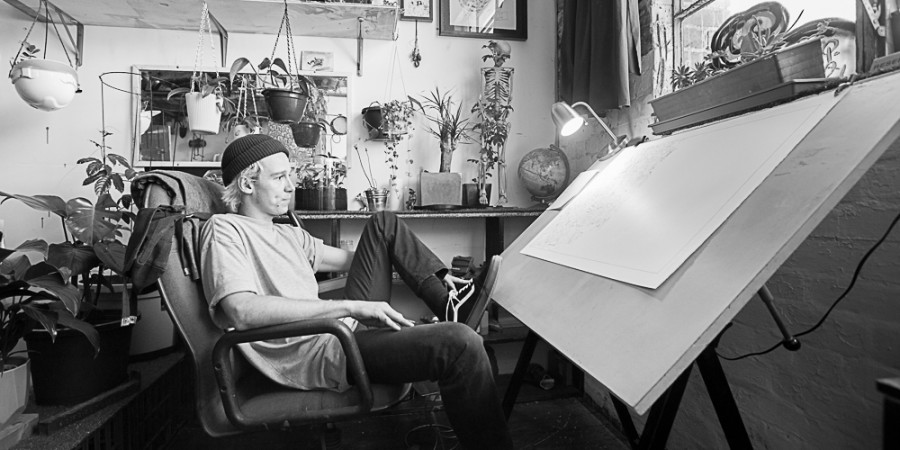 Kitt Bennett: Tak sobie rysuje…