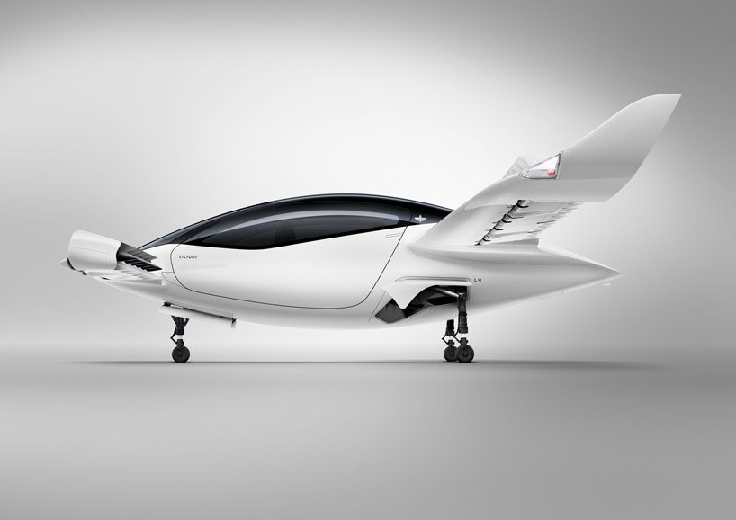 lilium-flying-car-air-taxi-successful-maiden-flight-designboom-6