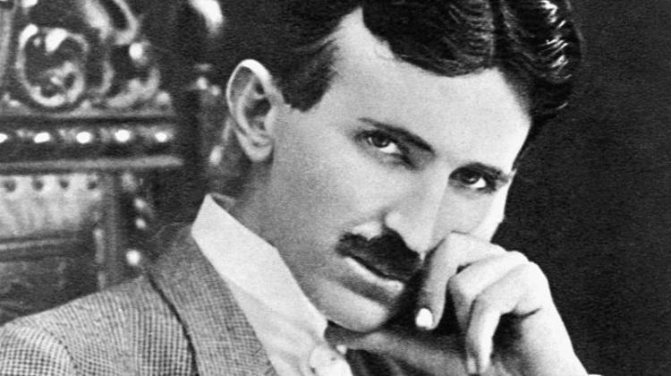 """Nikola Tesla – """"zwycięzca wojny o prąd"""""""