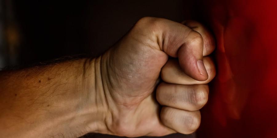 Przemoc w rodzinie – jaka jest rola mediów?