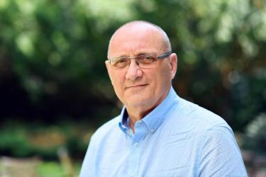 Jak znany onkolog leczył się z nowotworu: rozmowa z prof. Jassemem